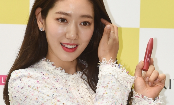 박신혜, 예쁨은 여기에~
