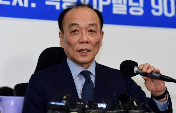 """전원책 기자회견 """"한국당 절반 물갈이해야"""""""