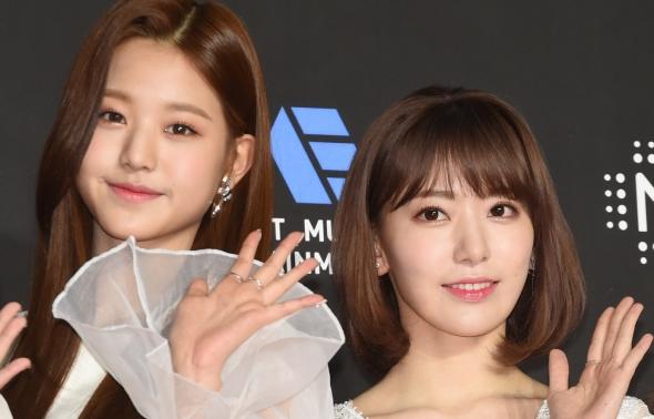 아이즈원 장원영-미야와키 사쿠라, 한일 미모 대결