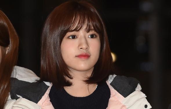 아이즈원 안유진, 둥글둥글한 미모