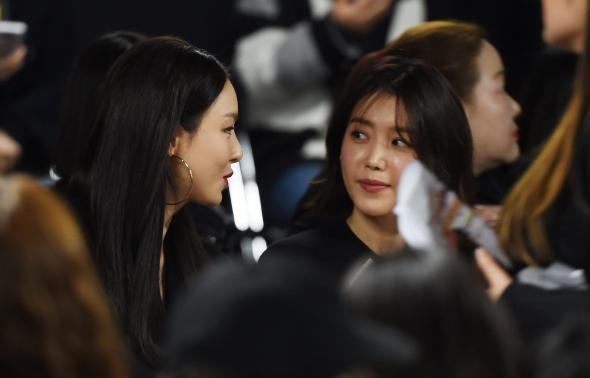 이다희-채정안, 미녀들의 수다