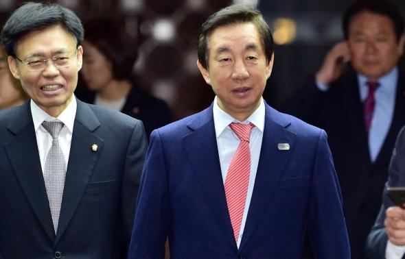 김성태 의원총회 참석