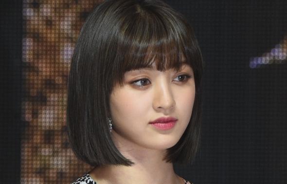 트와이스 지효, '부상투혼'