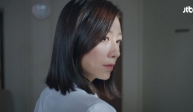 '부부의 세계' 김희애, 박해준 불륜 뒤통수 알고 충격