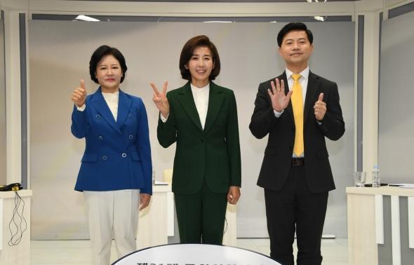 '격전지 동작을' 토론 나선 이수진-나경원-이호영