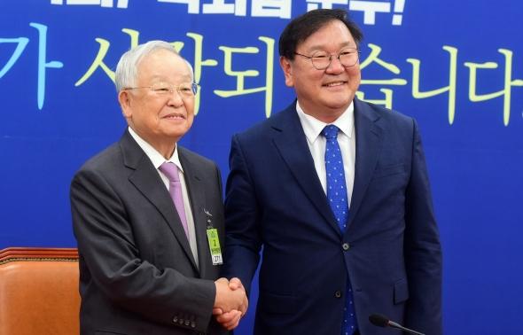 김태년 원내대표 찾은 손경식 경총회장