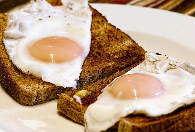 fried-eggs-456351_960_720