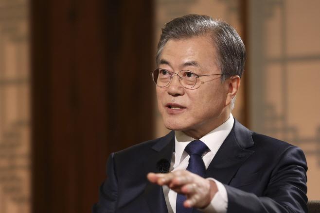 취임 2주년 특집 대담 '대통령에게 묻는다' 출연