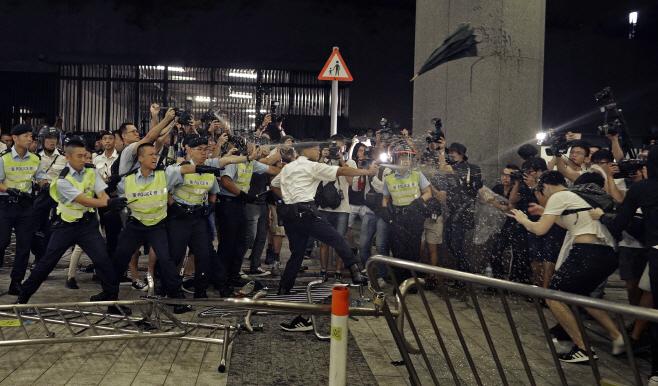 Hong Kong Protests <YONHAP NO-3535> (AP)