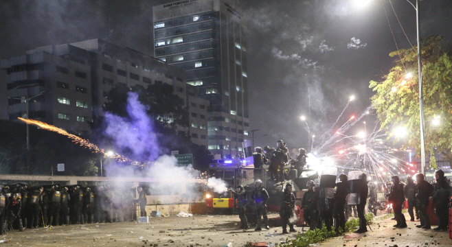Indonesia Student Protests <YONHAP NO-0359> (AP)