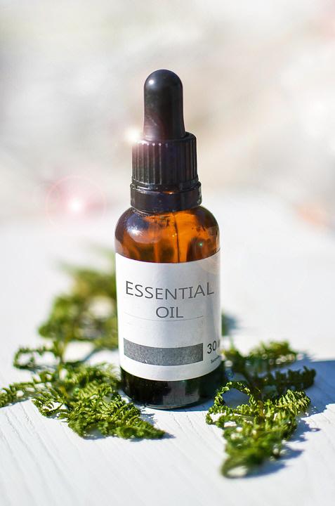 essential-oils-2385087_960_720