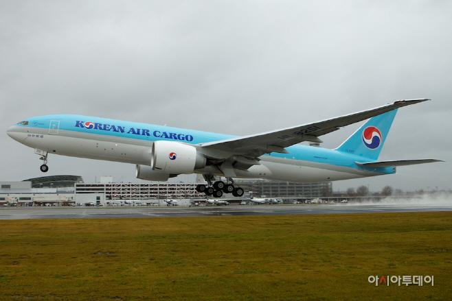 대한항공 보잉 777F