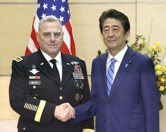 일본 아베 총리, 미국 합참의장과 지소미아 논의