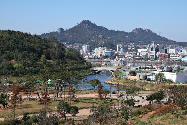 여행/ 이난영공원에서 바라본 유달산