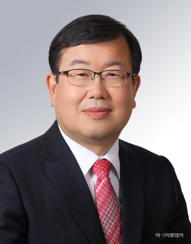 박일호 시장 증명사진