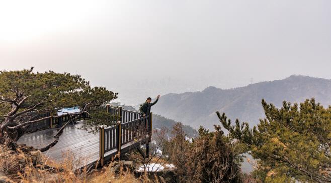 여행/ 서울둘레길 2코스_아차산 전망대의 모습