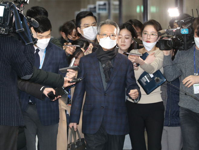 말 없는 미래통합당 김형오 공천관리위원장