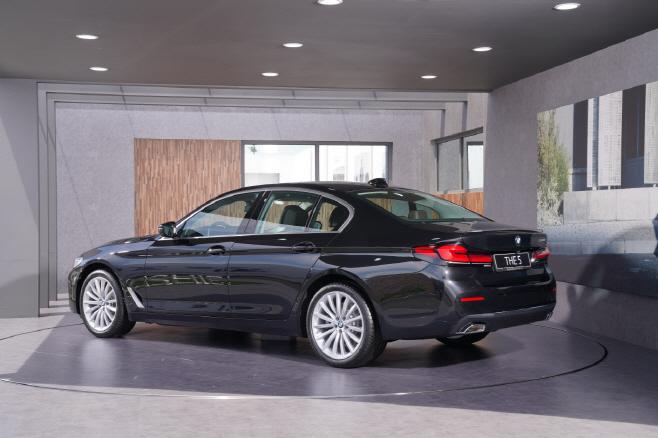 BMW 뉴 523d (2)