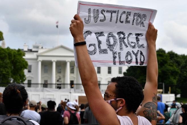 US-POLITICS-POLICE-JUSTICE-RACISM <YONHAP NO-1663> (AFP)