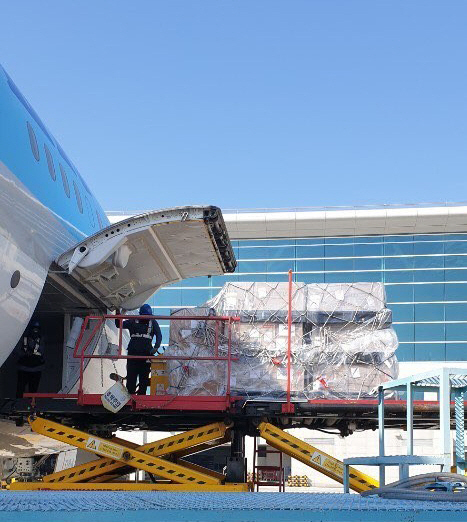 (주)한진 인천-나리타 항공화물 특별 전센기 운송 참여 모습