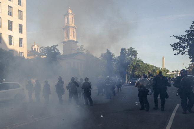 America Protests Washington <YONHAP NO-4129> (AP)