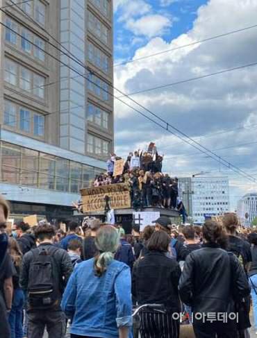 베를린 인종차별 반대 집회