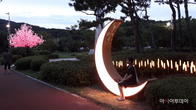 설봉공원 야간경관 포토존 조성