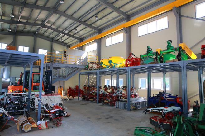 울진군 임대농기계 임대료 감면 연장 운영