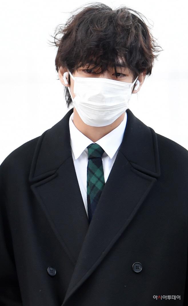 [포토] 지쳐 보이는 방탄소년단 뷔