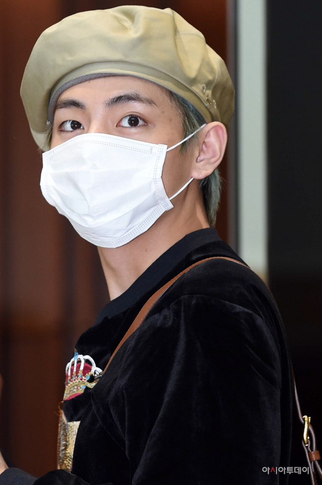 [포토] 방탄소년단 뷔, 눈빛이 사랑스러워