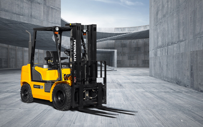 현대건설기계 3톤급 지게차