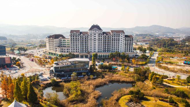 사본 -[보도자료] 소노벨 천안, 가을 저격 폴캉스 이미지(1)