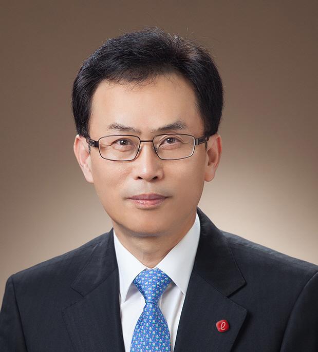 롯데케미칼(주) 통합 대표이사 사장 김교현 겸임