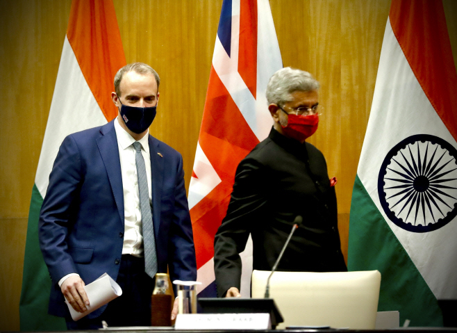 India UK <YONHAP NO-4562> (AP)