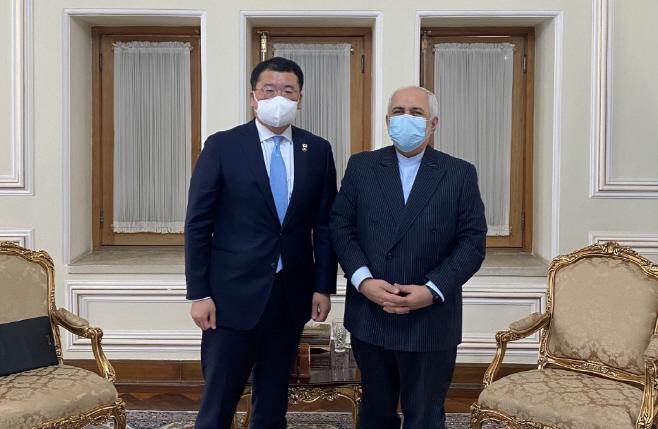 이란 외무장관 만난 최종건 외교부 차관