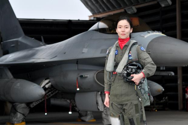 공군, 전술무기교관과정 수료식 개최