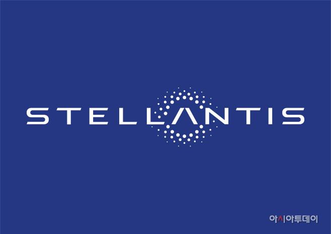 사진자료-스텔란티스(Stellantis) 로고 (파란 배경)