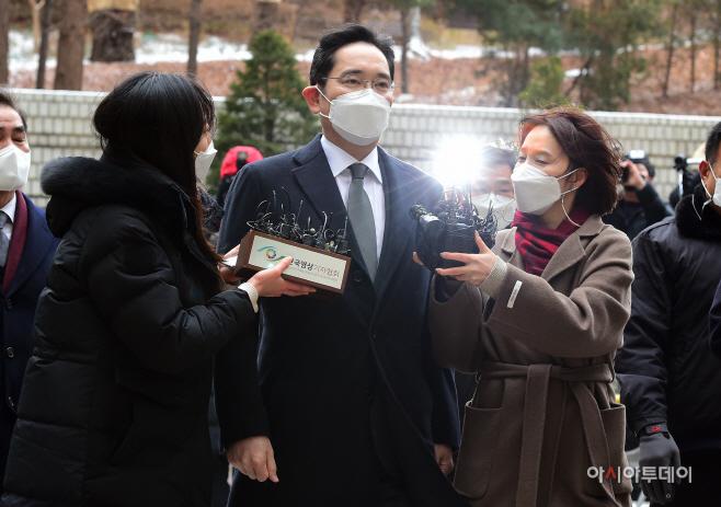 이재용 삼성전자 부회장, '국정농단' 파기환송심 선고공판