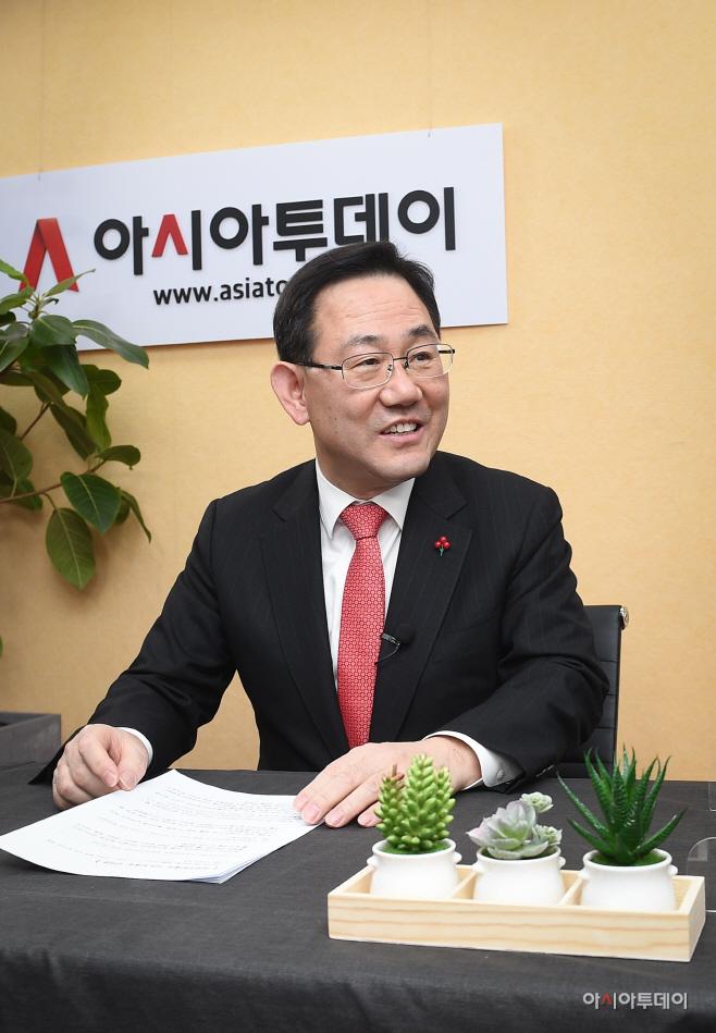 아투 초대석 주호영 국민의힘 원내대표 인터뷰5