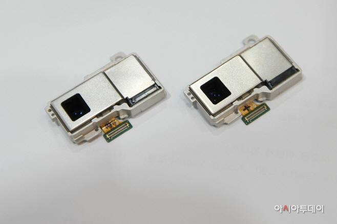 [참고사진]삼성전기 광학 10배줌 폴디드 카메라모듈