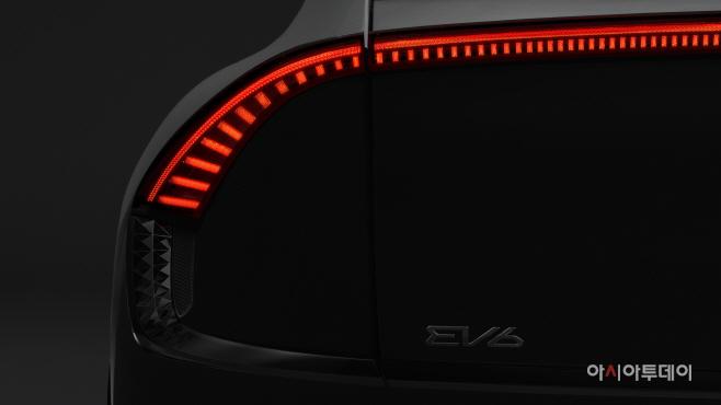 210309 (사진4) 기아, 최초 전용전기차 EV6 티저 공개