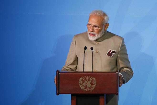 Pakistan India <YONHAP NO-0354> (AP)