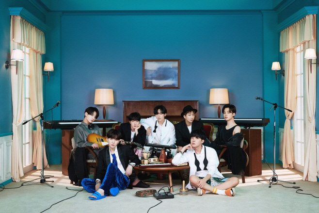 방탄소년단_BE (Deluxe Edition)_콘셉트 포토_단체