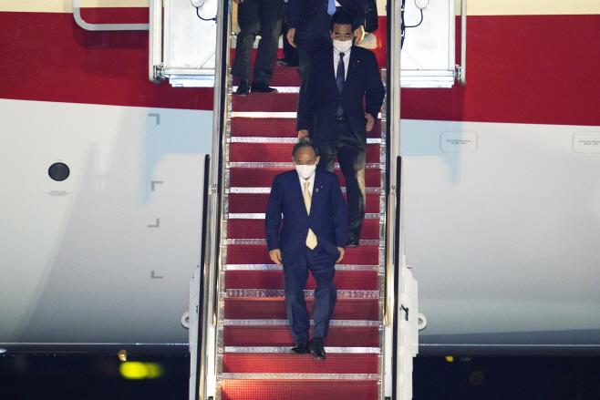 US Japan Suga Visit <YONHAP NO-2358> (AP)