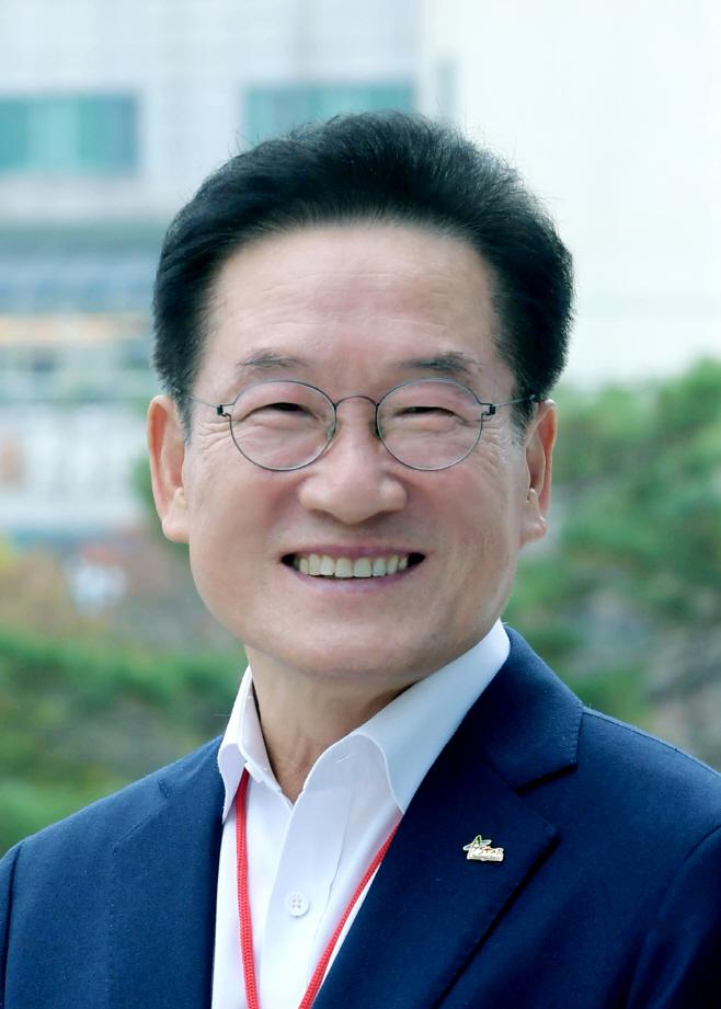 최기문 영천시장 인터뷰 사진