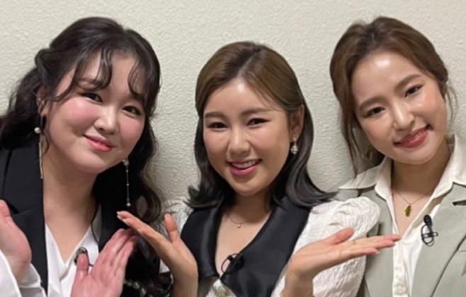 210421_송가인-홍자-정미애, _트롯 매직유랑단_ 녹화 보도자료