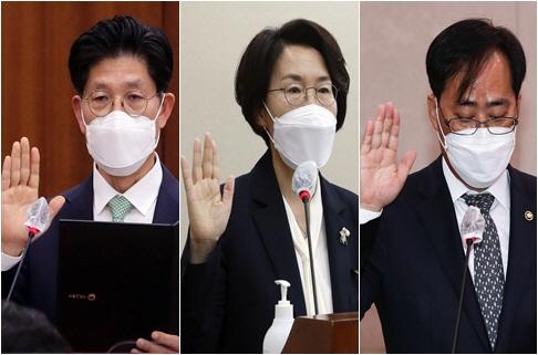 인사청문회에서 선서하는 5인의 장관 후보자<YONHAP NO-3238>