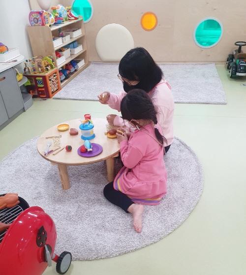 관악형 마더센터 아이랑 보라매점 자유놀이공간 이용모습
