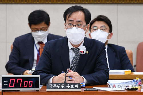 [포토] 답변하는 박준영