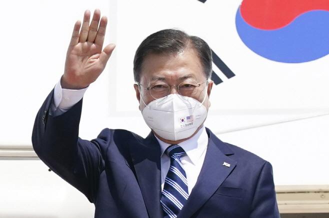 '한미 정상회담' 마스크 착용한 문 대통령